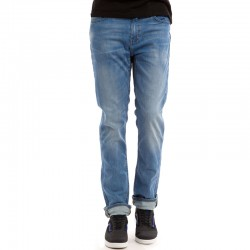 LEVI'S® COMMUTER 511 SLIM FIT PERFORMANCE